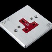 SINE - SW-1P UK - Platinum Extra-Thick Platinum Plating Socket