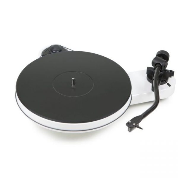 Pro-ject RPM 3 Carbon Turntable White